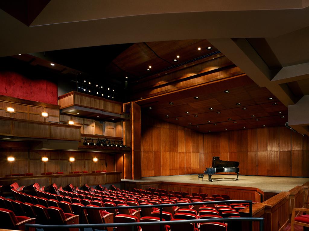 Christopher Newport University – Ferguson Center for the Arts